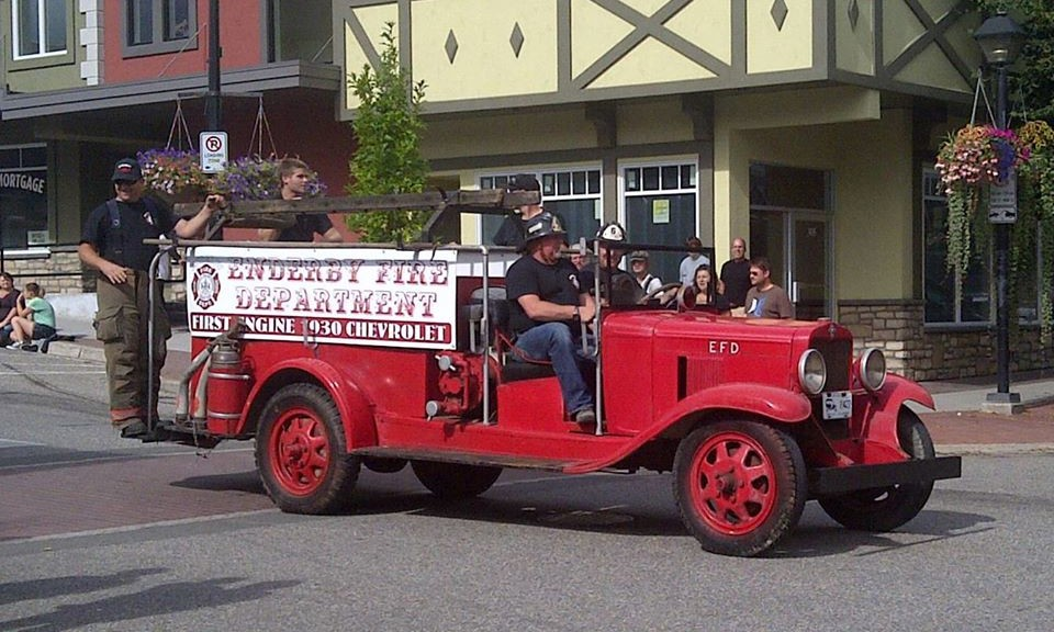 Enderby's First Fire Engine Restored